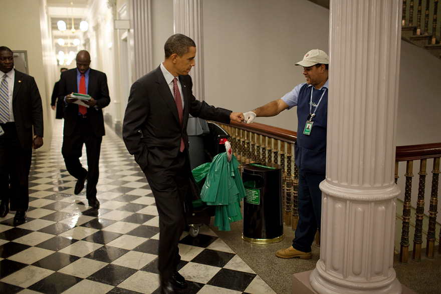barack-obama-photographer-pete-souza-white-house-40-5763e3b3d3eee__880.jpg